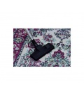 Nettoyage d'un tapis avec une brosse combinée premium