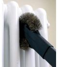 Nettoyage d'un radiateur avec la brossse à radiateur AP337